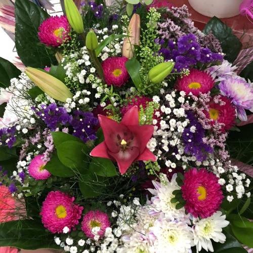 זר פרחים 4